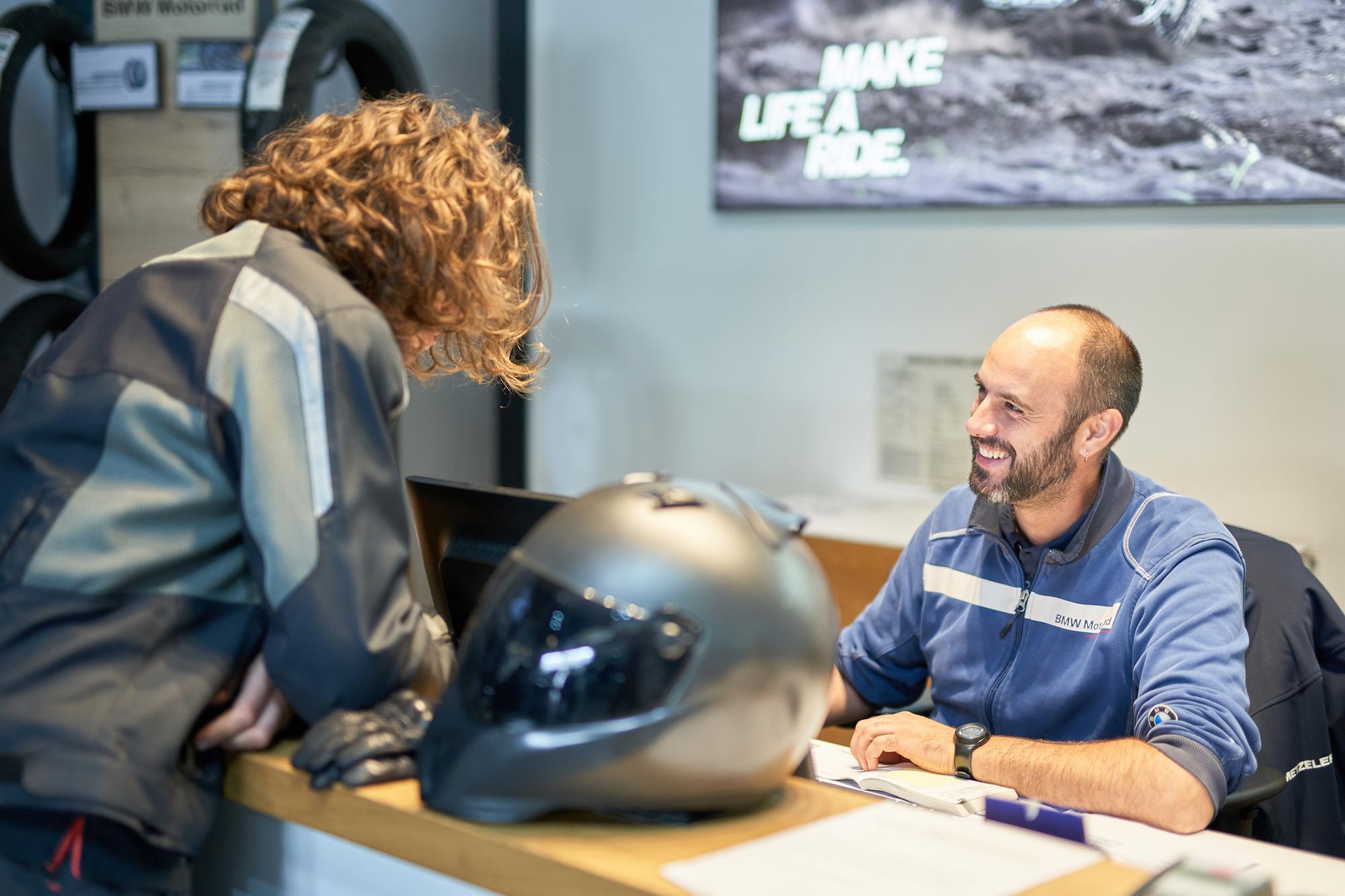 BMW Motorrad réception client
